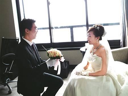 哈妮熊幸福結婚婚禮情報婚攝婚錄新祕婚顧喜帖佈置創意主持樂團求婚生日派對新娘保養