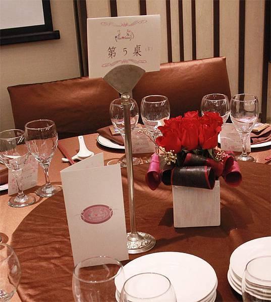 貓主題婚禮佈置菜單桌卡客製化設計