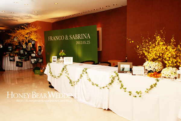 Franco & Sabrina大自然的國王森林-收禮桌