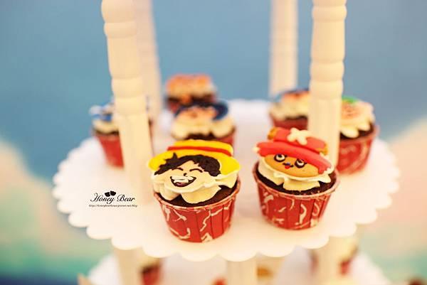 當然還有海賊王各個角色的杯子蛋糕, 超級卡哇依的~ -- J&D航海情緣