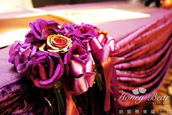 金色玫瑰與紫桔梗的完美搭配 -- 吳影莊園