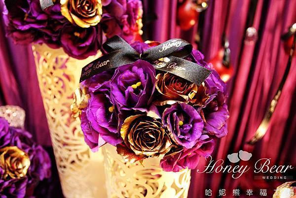 蝴蝶結讓紫色花球更別緻 -- 吳影莊園
