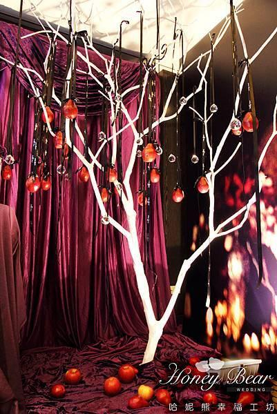 嫣紅的果子 述說著故事的始末 -- 吳影莊園