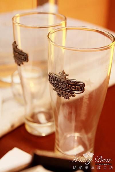 哈妮熊-海尼根精彩妳的人生-婚禮佈置-海尼根酒杯