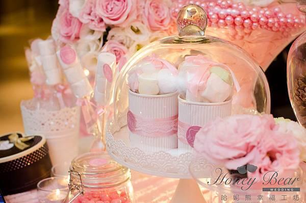 哈妮熊粉紅色甜美風婚宴佈置-相本桌CANDYBAR