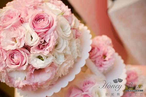 哈妮熊粉紅色甜美風婚宴佈置-收禮桌杯子花