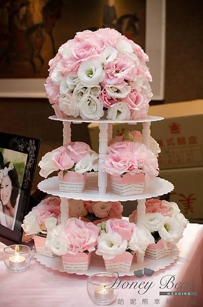 哈妮熊粉紅色甜美風婚禮佈置-收禮桌杯子花