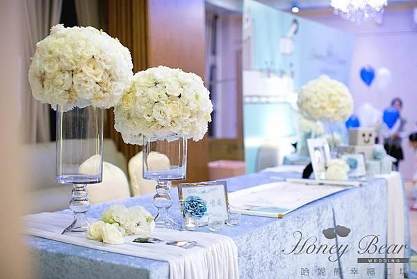 哈妮熊機器人婚宴佈置-工廠風收禮桌@宜蘭詩藝