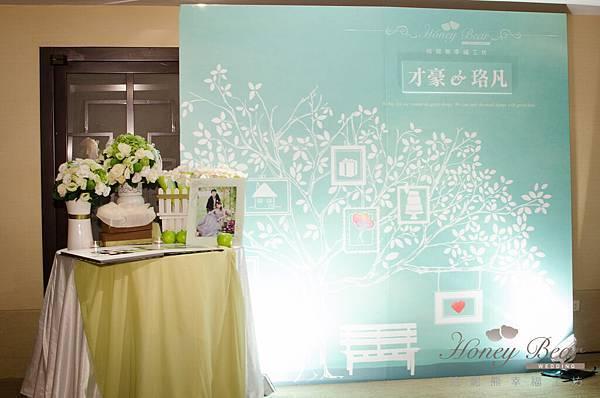 哈妮熊白綠色清新風婚禮佈置@國賓-2.jpg