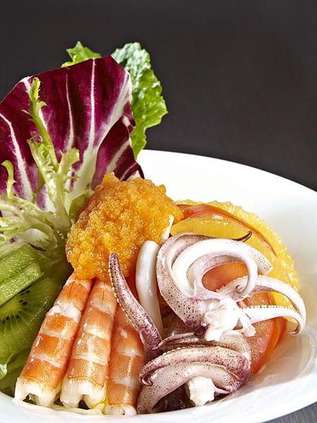 日和海鮮沙拉2.jpg
