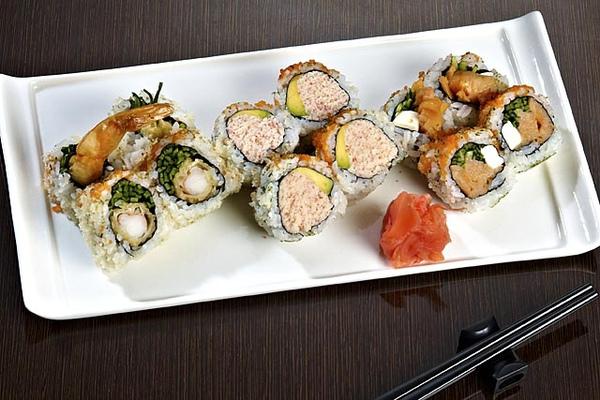 炸蝦加州燻鮭起士卷.jpg