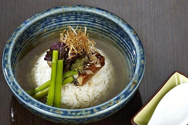 鰻魚茶泡飯.jpg