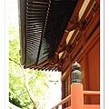 我喜歡這種日本寺廟的線條與色澤