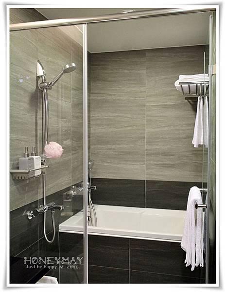 IMG_8231浴室衛浴.JPG