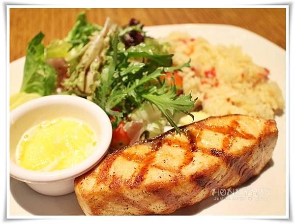 IMG_8624American Steak.JPG