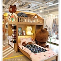 IMG_6585Line store.JPG