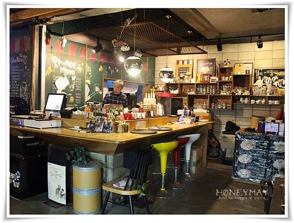 IMG_0518咖啡王子1號店.JPG
