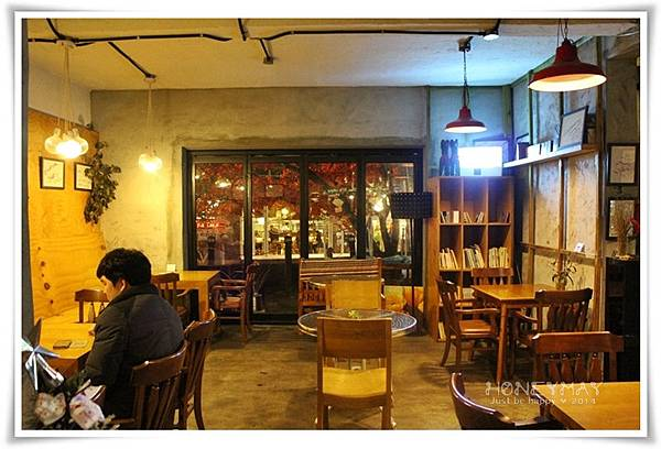 IMG_0543咖啡王子1號店.JPG
