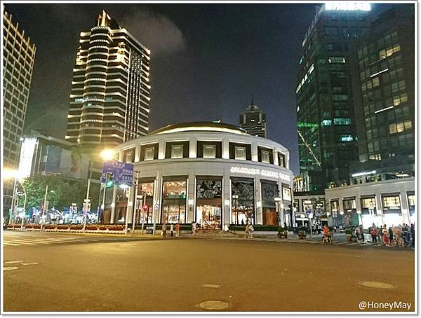 上海星巴克.jpg