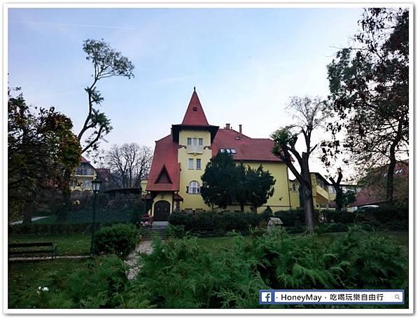 匈 (24)匈牙利城堡飯店.jpg