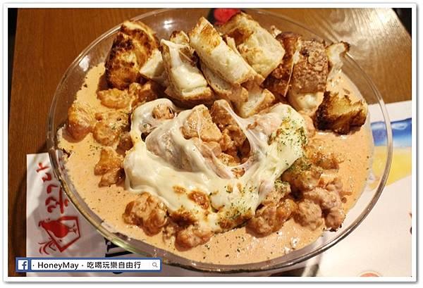 IMG_8884弘大美食起司奶油雞.JPG
