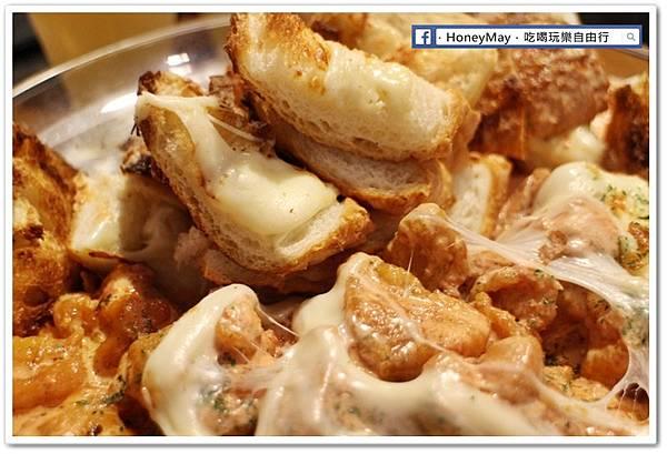 IMG_8891弘大美食起司奶油雞.JPG