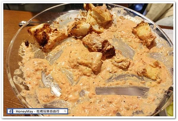 IMG_8910弘大美食起司奶油雞.JPG