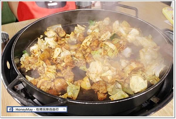 IMG_8339釜山美食白鐵板辣炒雞.JPG