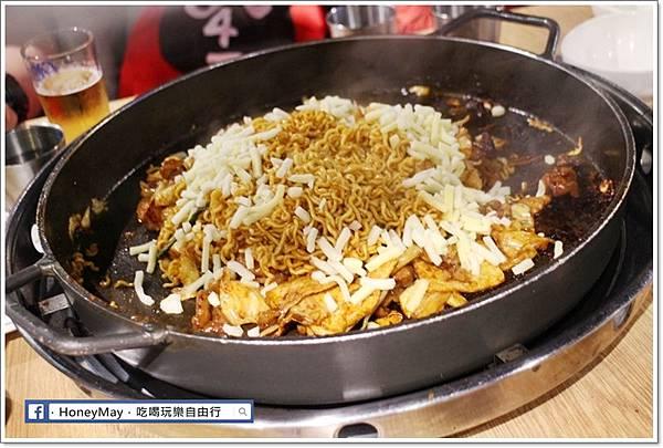 IMG_8343釜山美食白鐵板辣炒雞.JPG