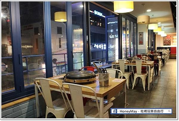 IMG_8352釜山美食白鐵板辣炒雞.JPG