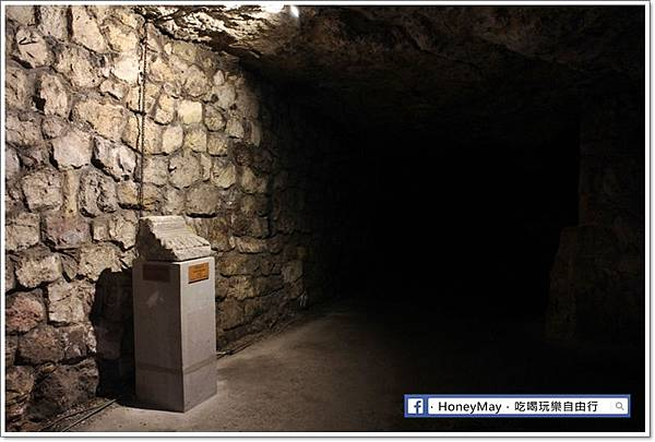 IMG_9863布達地下迷宮.JPG