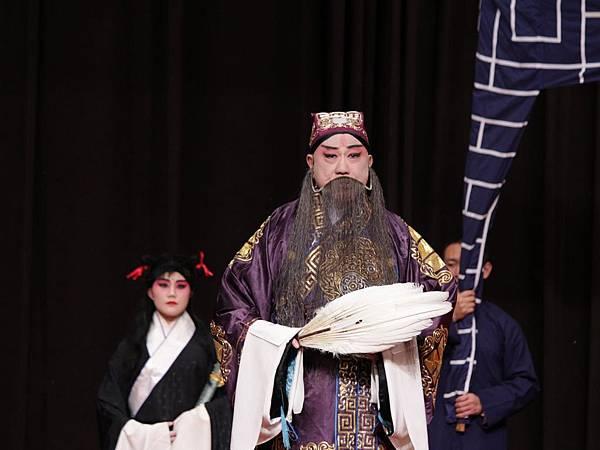 8《空城計》,黃京翹飾孔明