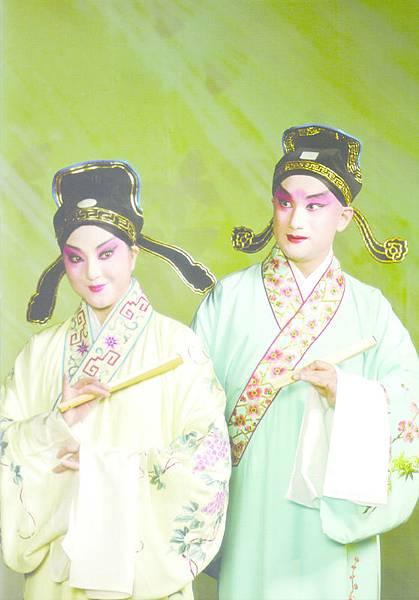 17_新編崑曲《梁祝》,(左起)魏春榮、溫宇航