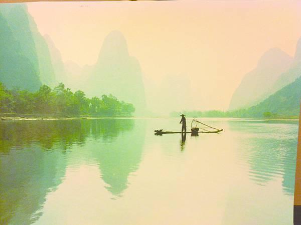 4桂林〈八桂山水〉彷彿載我在漓江夢裡