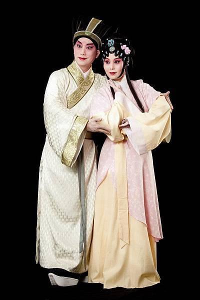 14《范蠡與西施》,(左起)趙揚強飾范蠡、楊莉娟飾西施