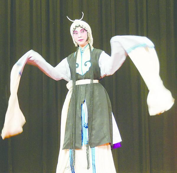 1_《秦香蓮》,周麗眉飾秦香蓮.JPG