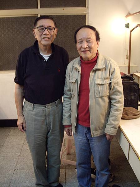 (左起)楊覺智(美)、李崇遠(弘報發行人).JPG