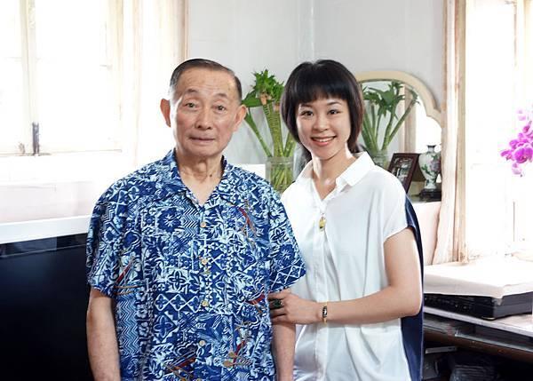 2.2009年參加梅蘭芳先生誕辰一一五週年紀念演出與梅葆玖先生結緣.JPG