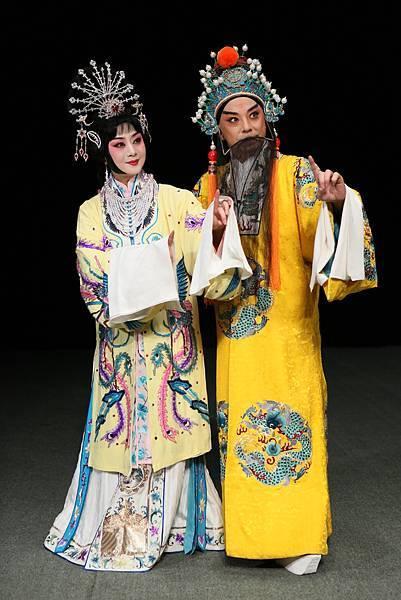 《太真外傳》李勝素飾楊玉環(左)_于魁智飾唐明皇(右).jpg