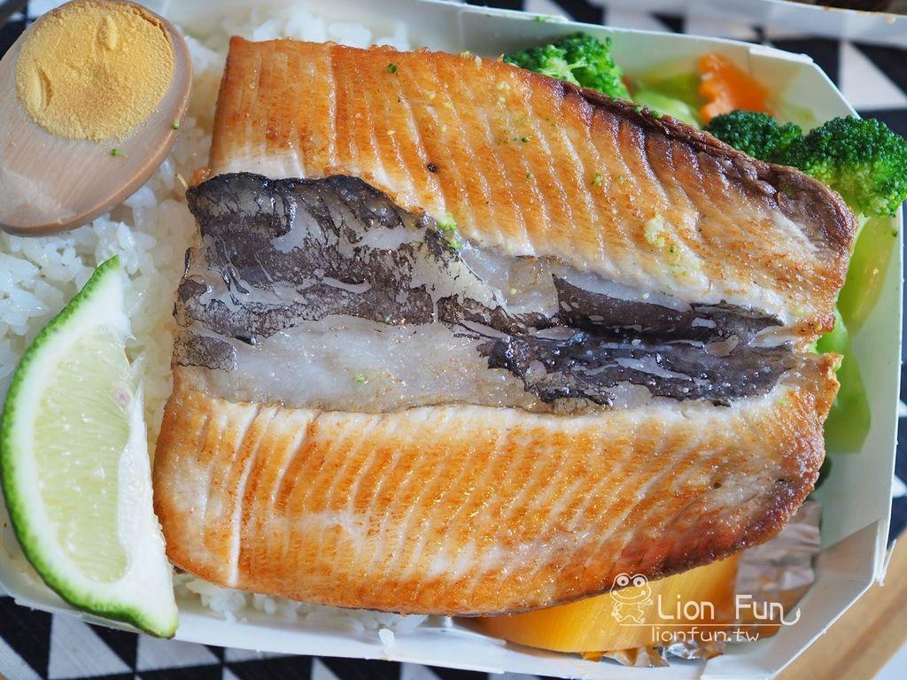 知慶飯糰煎虱目魚肚
