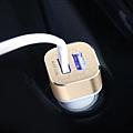 倍思 2.4A 車充頭 USB雙孔-4.jpg