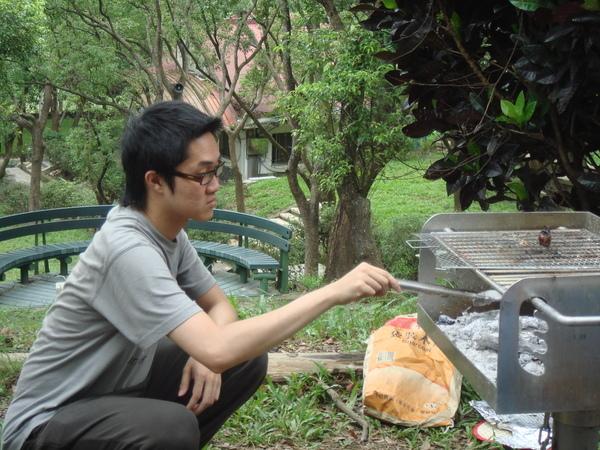 專業的烤肉師