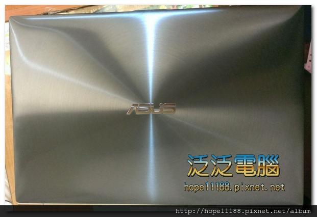 ASUS BX31A 面板破裂