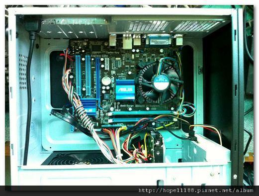 CPU E3400、HD 500G、RAM DDRIII 2G、POWER 400W、ASUS P5G41T-M LX、DVD-RW