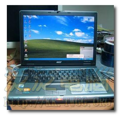 Acer TravelMate 2400 001