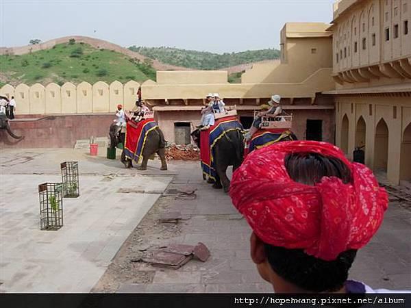 印度 157717琥珀堡 (小型)
