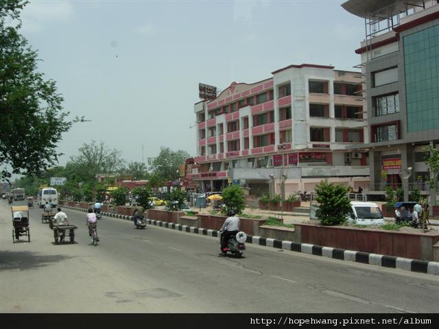 印度 561717捷普街道 (小型)