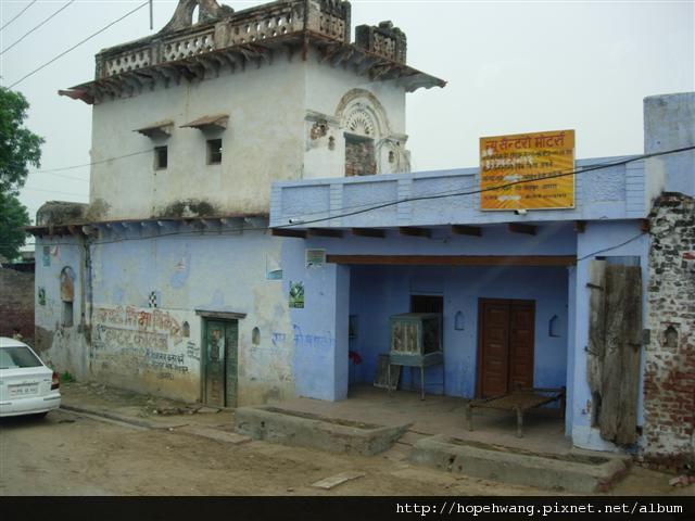 印度 850718往阿格拉街景 (小型)
