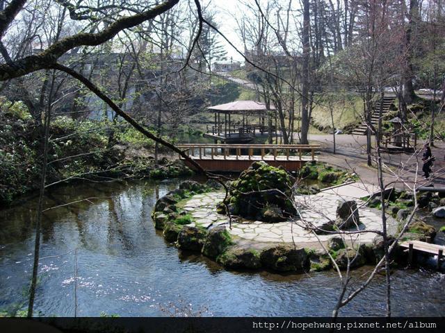 080425-4京極湧水公園pay (32) (小型).jpg