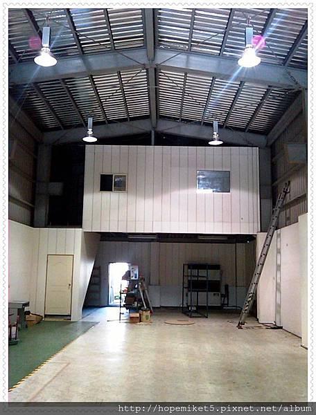 加工廠,400W水銀燈改150W陶瓷複金屬燈,節電60%,照度150Lux >>>300Lu